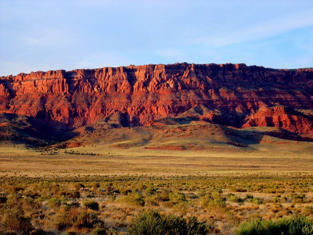 1280px-Vermillion_Cliffs_Arizona_Erik_Voss_IMG_3912
